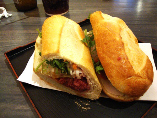 Baoguette-Classic-Banh-Mi