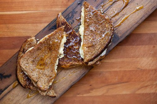 maple grilled cheese (credit: snowdayfoodtruck.com)