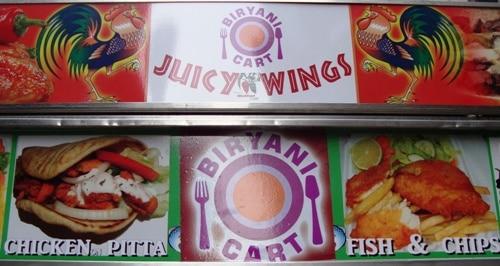 Juicy Wings sign